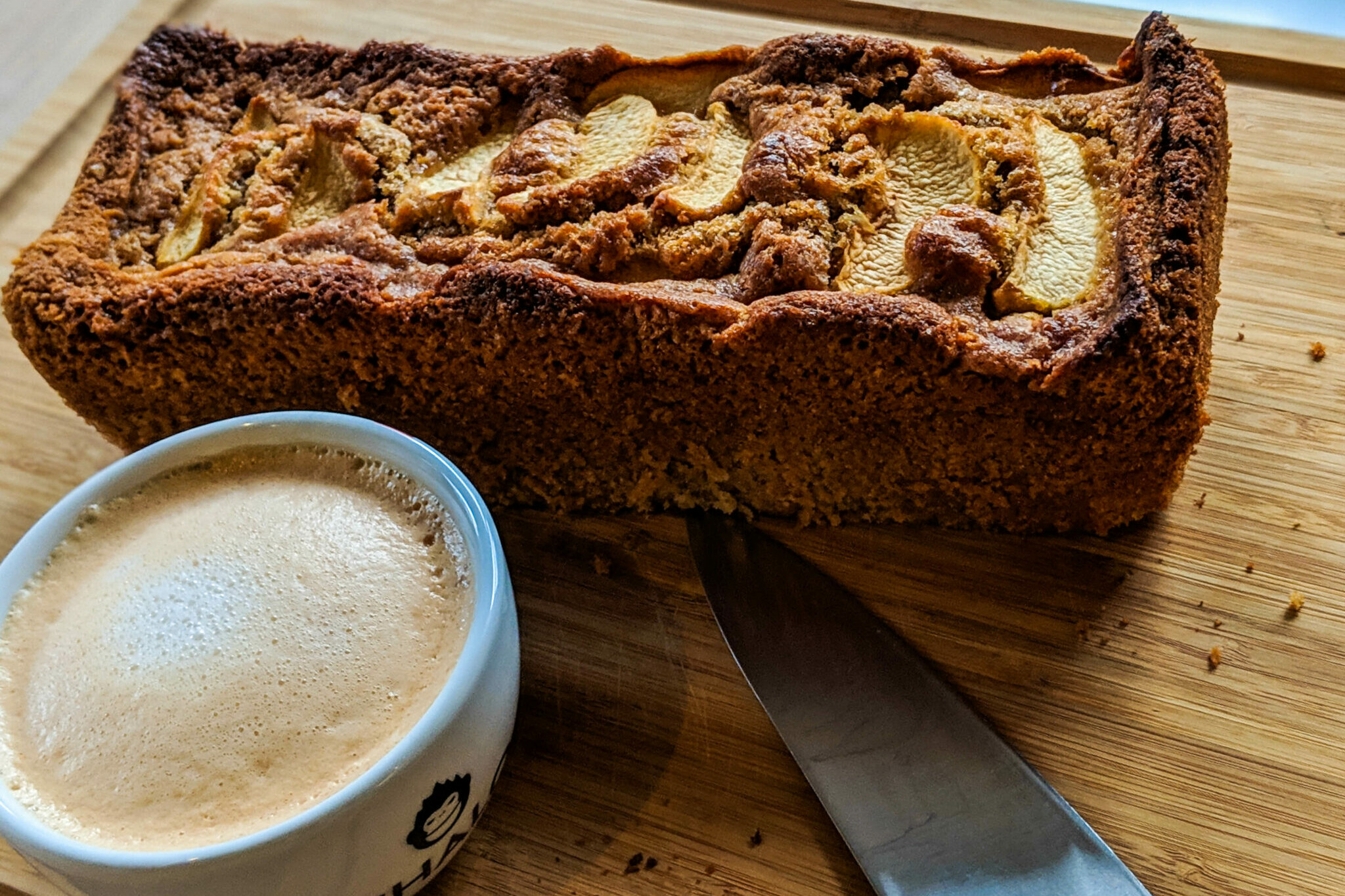 Vanilla Chai Spiced Apple Cake